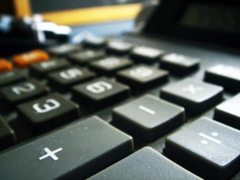 Kalkulator guma