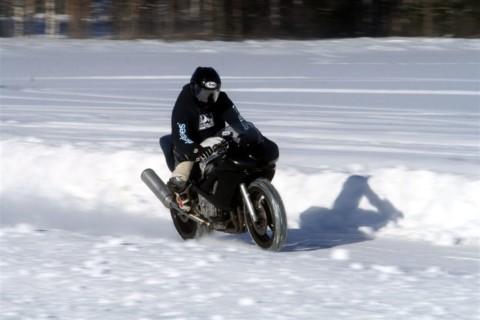 Saveti za bezbednu vožnju motocikla tokom zime