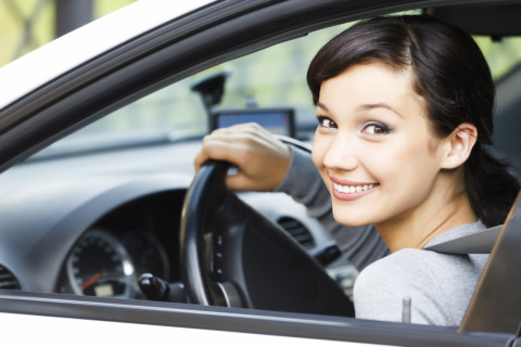 Ko ima više samopouzdanja za volanom: muškarci ili žene?